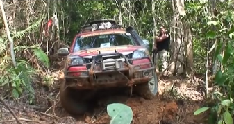 offroad kalimantan dayak tribe culture experience borneo tour journey 4 x 4 trips wildlife jungle forest